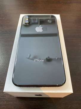 i phone x with all accessories available