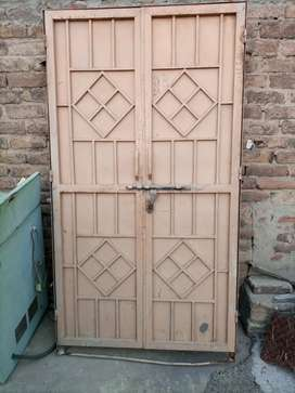 Iron Door - 6 ft x 4ft