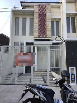 Dijual rumah baru minimalis di graha sulfat indah malang