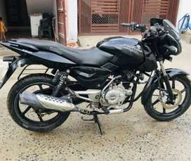 Pulsar 150 black color