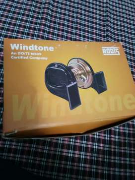 Roots windtone horn