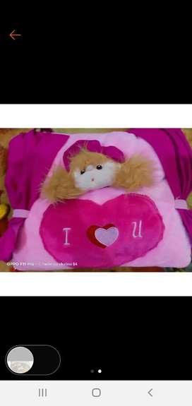 Bantal boneka pink