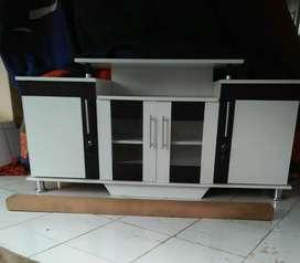 Meja tv murah warna putih