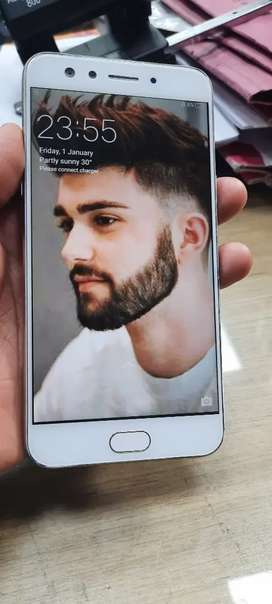 New phone Oppo F3 4/64GB -- 11 Months old
