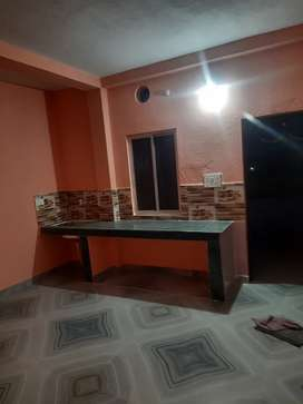 1 Room With Kitchen and Bathroom Available