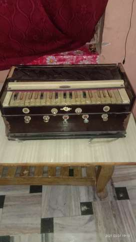 A very old model harmoniam