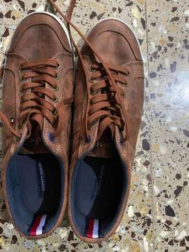 Tommy Hilfiger leather casual shoes USA size 9.5 as new