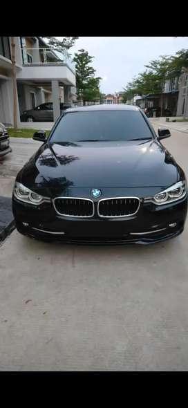 BMW 320i Warna Hitam