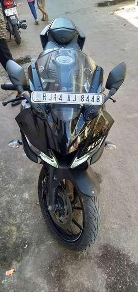 Yamha R15 V3