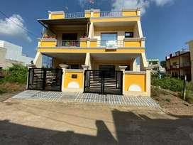 Newly build villa rich colony