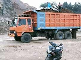 Dump truk siap pakai 6x4 tahun 2012 unit kerja