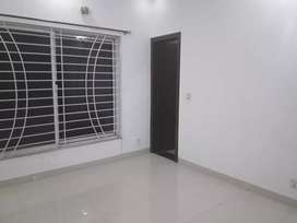 10marla house for rent in bahria town