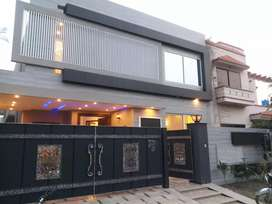 10 marla Brand New Beautiful house Available in Paragon City