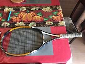 Tennis racket adult
