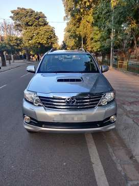 Toyota Fortuner 3.0 4x2 Manual, 2015, Diesel