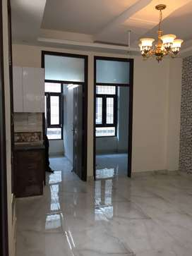Beautiful 3 BHK Flat, In Ashok Vihar, Gurgaon With 80% Bank Loan