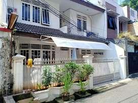 Dijual Murah Rumah Kos Rapi full Furnished di  jl.dr. Saharjo Tebet