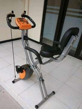 Sepeda Statis Magnetik Bike // Zoules IE 05F23