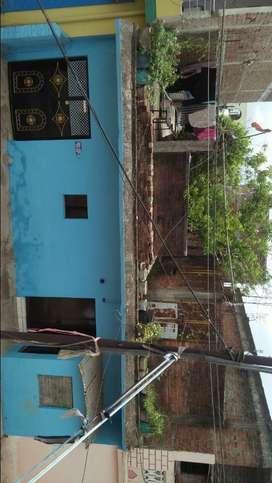 मकान बेचना है  FOR SALE 2BHK   HOME  TOP LOCATION  makka Nagar Gali no