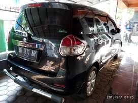 Mobil Ertiga 2012