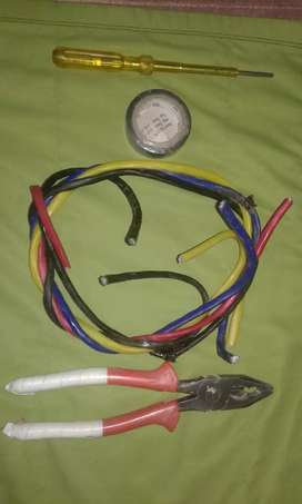 We need trend electrician we provide you good salary package