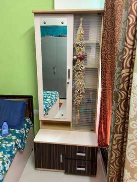 Plyboard Dressing table with storage compartments