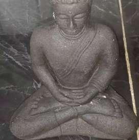 Patung budha dewa ruchi