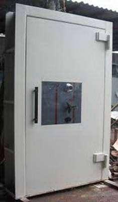 Jual Pintu Khasanah Pasuruan Safe Vault Door Pintu Bank Kluis PKZ 100