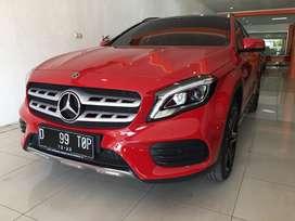 Mercy GLA200 AMG panoramic 2018 merah km 9k pajak panjang siap pakai