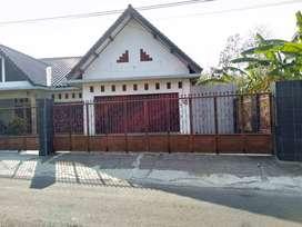 Disewakan RUKO strategis Luas Tanah 130 m2 Banyuurip Purworejo