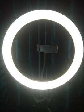 Tiktok Ring light hai 18 inch