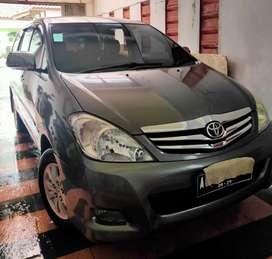 Toyota Kijang Innova Tipe V MT 2010