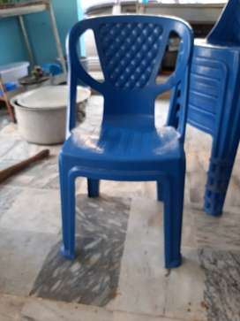 Slightly used 20 pieces of high quality chairs for sale.