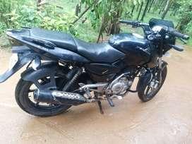 BAJAJ PULSAR 150. (black colour) VERY GOOD CONDITION.