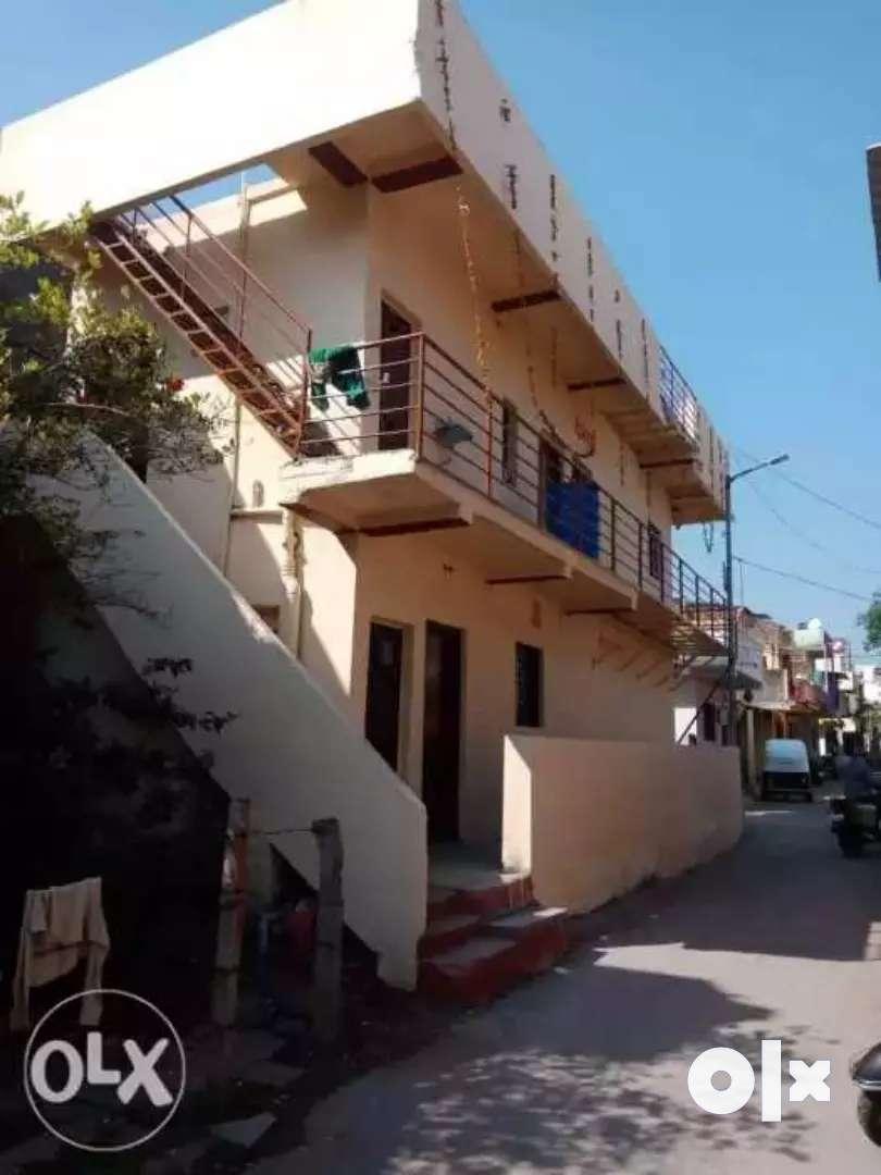 2 road corner 3 side opan house total rent ne dile ahi 12000 rent yete 0