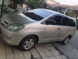 Innova G AT Diesel 2006