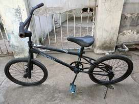 Sepeda bmx uk20 rangka kecil mumeer