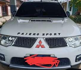 Dijual mobil pajero sport 2.5 dakar solar 4×2 tahun 2011
