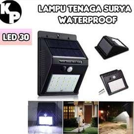 Lampu Taman Tenaga Surya System Sensor Dinding/Solar Cell/Panel 30 Led