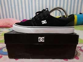 Sepatu DC Trase S M Black White BNWT
