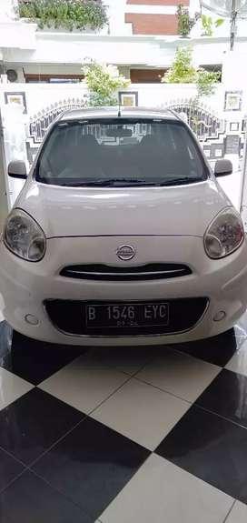 Dijual Nissan march 2012 m/t