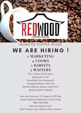 """Dibutuhkan marketing untuk cafe """"REDWOOD COFFEE HOUSE"""""""