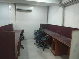 Well maintained office space in noida sector-4