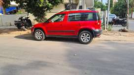 Skoda Yeti - Elegance 4x4 - Mint Condition - Red Color