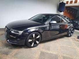 Audi A4 AT 1.8 thn2014/2015 pajak panjang