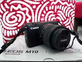 Kamera Canon M10 second