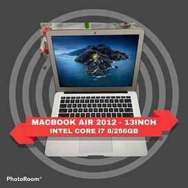 MACBOOK AIR 2012 i7 8/256GB