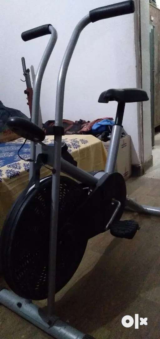Exercise bicycle 0