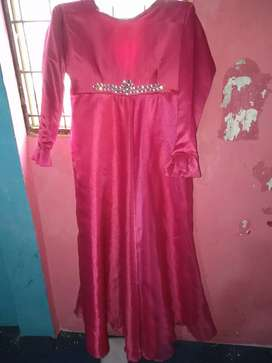 Dress muslimah untuk pesta