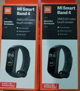 MI SMART BAND 4 SMART WATCH WITH WARRANTY NEW CONDITION